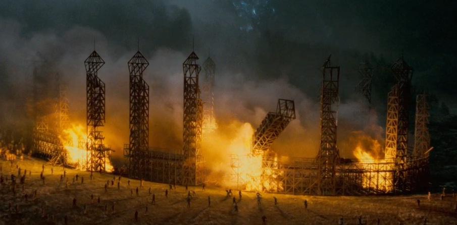 Hogwarts'_quidditch_pitch-DH2